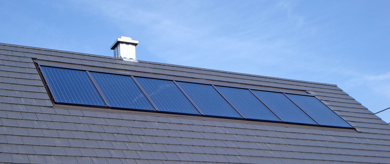 Indach Solaranlage von Bächner Heizungsbau